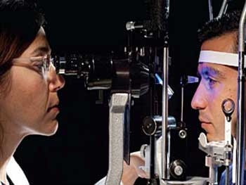 Our Doctors are  Harvard and Mayo Clinic trained Ophthalmologists